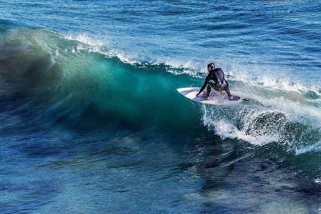 Choisir sa planche de surf: Astuces et conseils